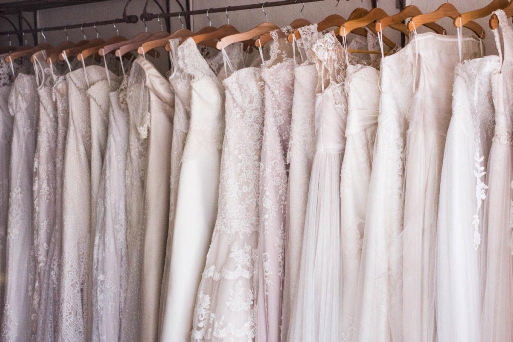 baju seragam pernikahan